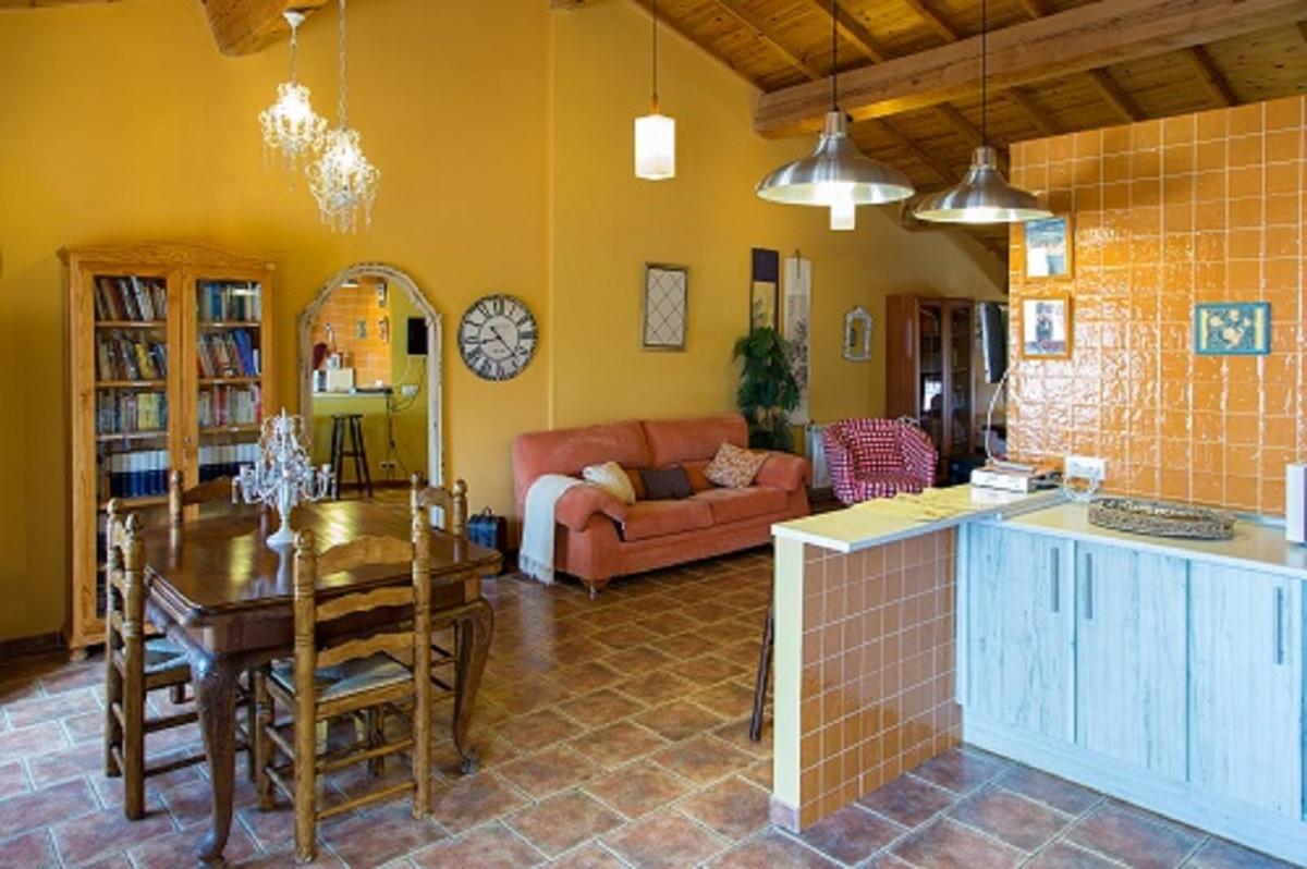 Casas rurales celebraciones y eventos beautiful alamedas - Casa rural en valladolid con piscina climatizada ...