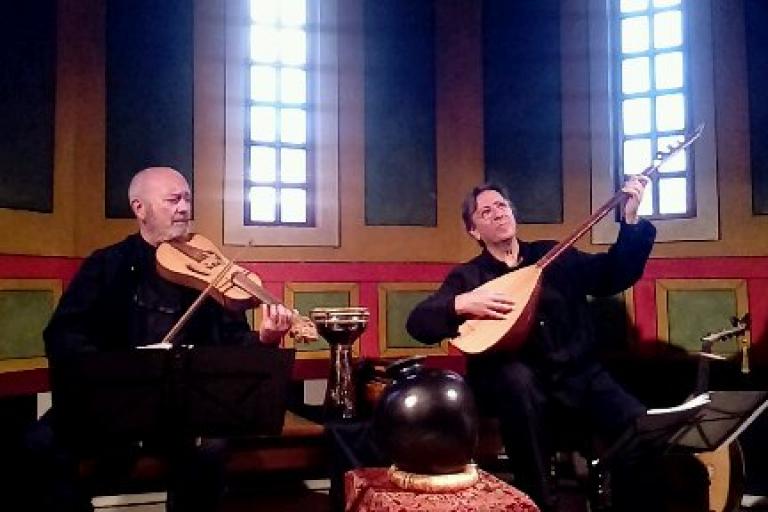 Concierto de Luis Delgado y César Carazo - Villa Romana Almenara-Puras - Casas rurales Valladolid