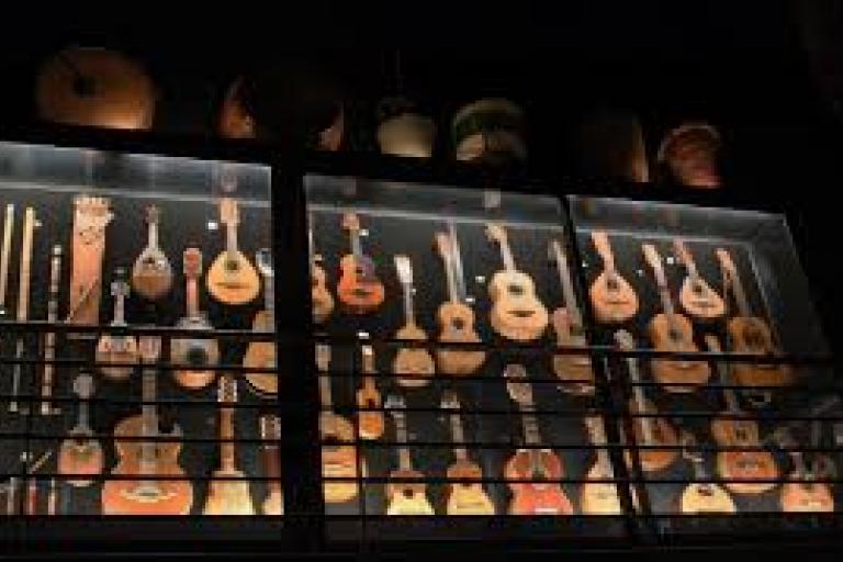 Concierto de Luis Delgado y César Carazo - Museo de los Instrumentos del Mundo - Urueña- Casas rurales Valladolid