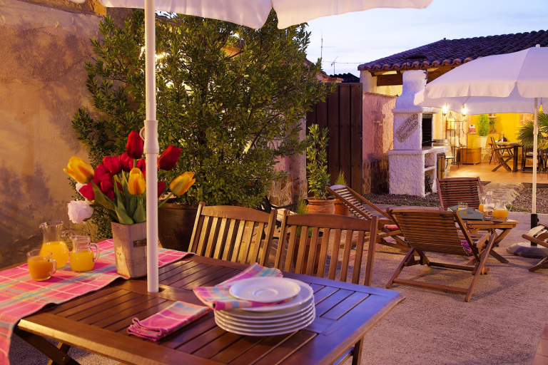 Hotels in Salamanca Spain - Beautiful Alamedas, a central place